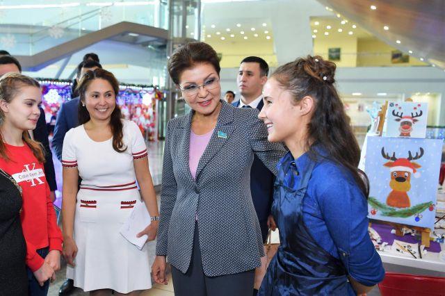 Дарига Назарбаева выделила 100 млн тенге на борьбу с коронавирусом