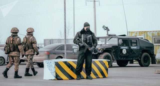 Водка, поле, карантин: как казахстанцы пытаются обойти блокпосты в Нур-Султане и Алматы