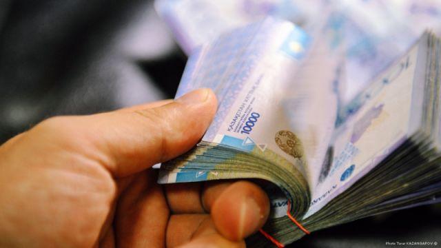 Озвучен актуальный график работы казахстанских банков