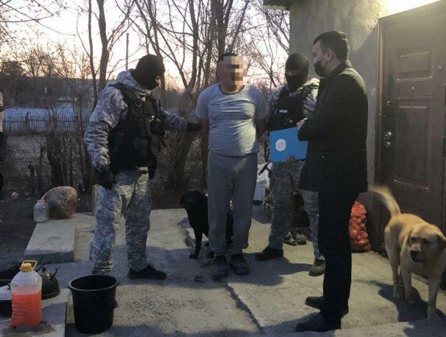 Инспектор нацпарка застрелил краснокнижного джейрана в Алматинской области