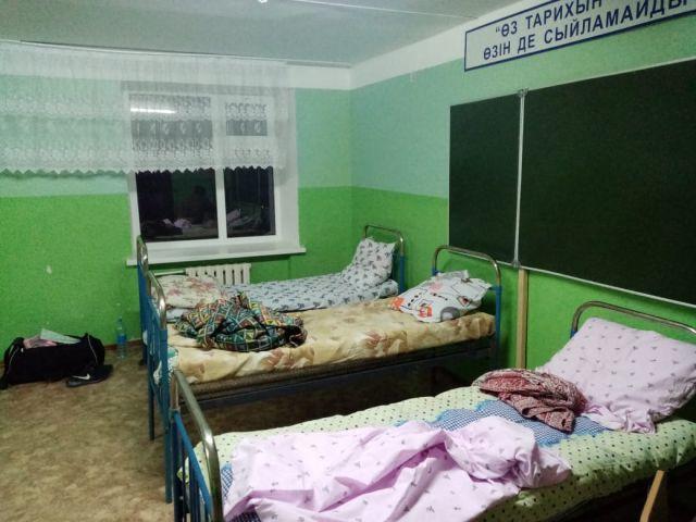 Вахтовики пожаловались на условия содержания в карантинном госпитале Актобе