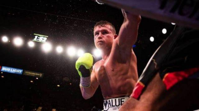 Эксперт ESPN назвал способного победить Канело боксера