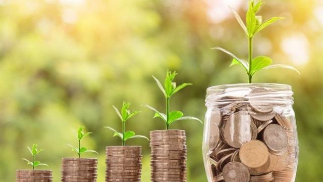 Только три банка из ТОП-10 показали прирост вкладов в апреле