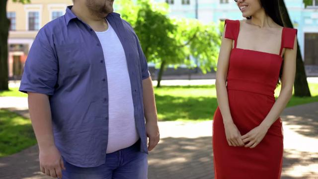 Нездоровая стройность. Ученые предупредили об опасности скрытого жира