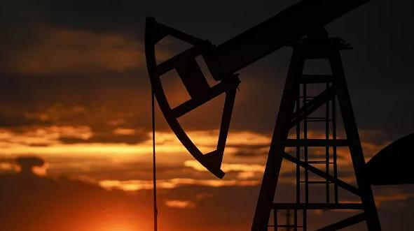 Цена нефти Brent впервые с марта превысила 40 долларов за баррель
