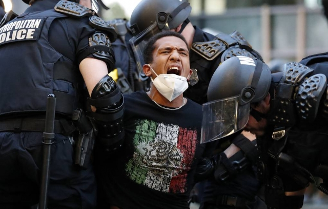 В США за время протестов погибли не менее 11 человек