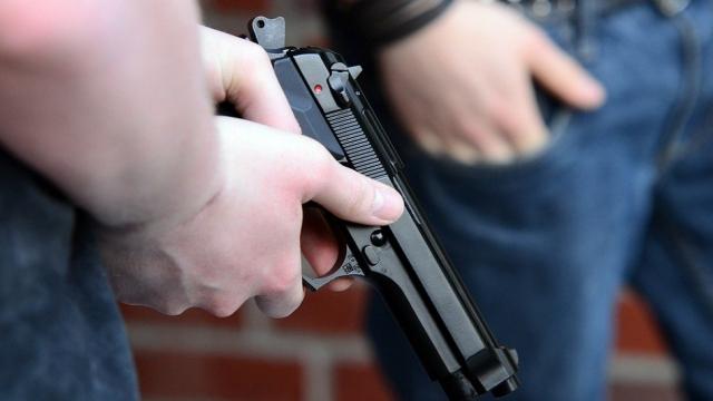 Драка с поножовщиной и стрельбой произошла в Алматы