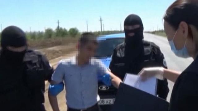 Полицейского в Актобе подозревают в краже 70 тысяч тенге у потерпевшего