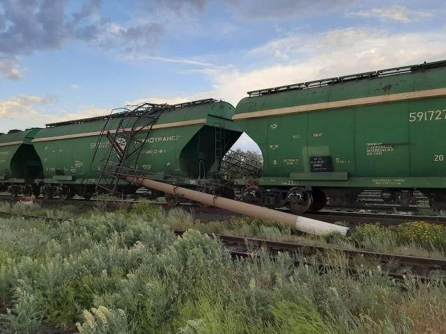 Почти на 3 часа из-за урагана задержали поезд «Атырау - Нур-Султан»
