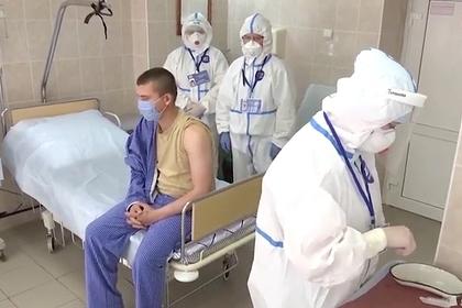 В России раскрыли состояние добровольцев спустя две недели после вакцинации