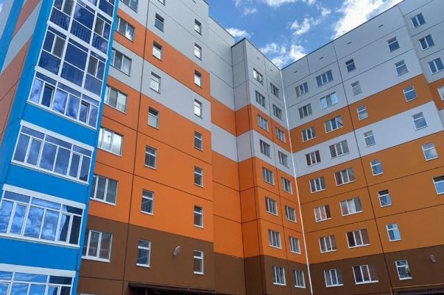 Новый дом взамен старого получили жители аварийных домов в ЗКО