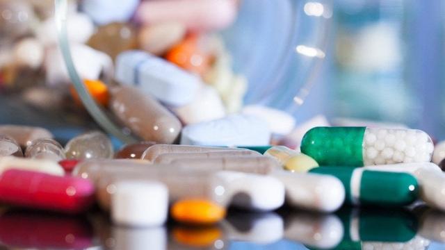 В Нур-Султане 70 тысяч лекарств раскупили за полчаса