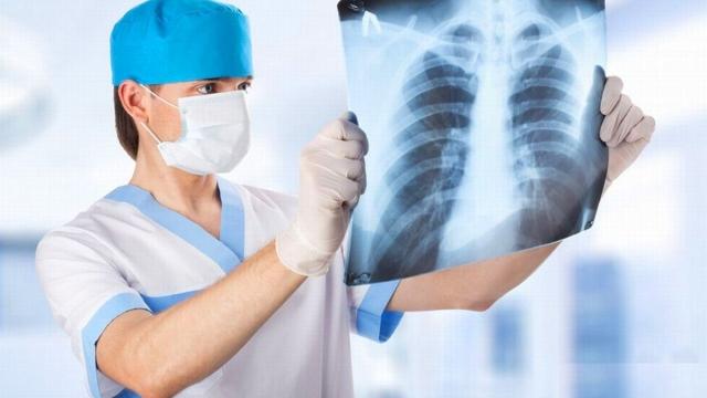 Почему у людей с пневмонией ПЦР на коронавирус отрицательный?