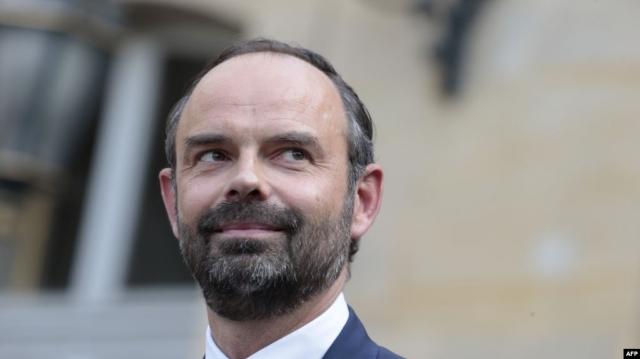 Правительство Франции во главе с Эдуаром Филиппом ушло в отставку