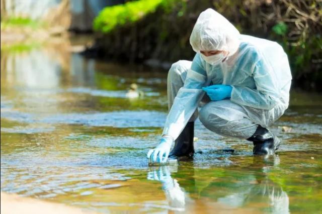 Тесты сточных вод на COVID-19 определяют вспышки на 10 дней быстрее