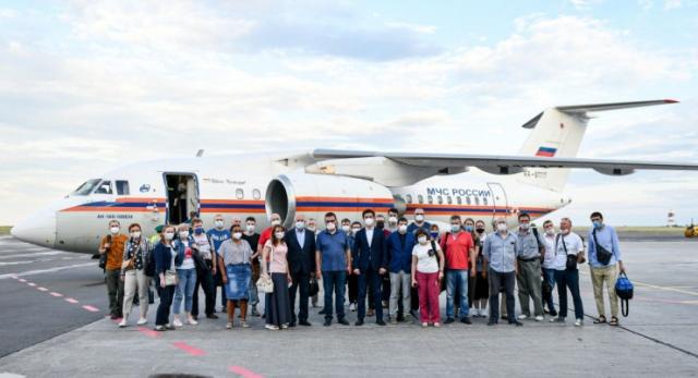 Стало известно, куда направят прибывших на помощь казахстанцам российских врачей