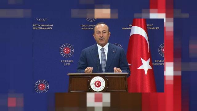 Турция вновь требует от Франции извинений