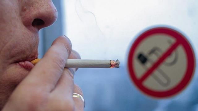 В Казахстане запретили продажу алкоголя, сигарет и кальянов лицам до 21 года