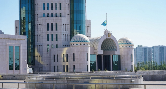 Выборы в сенат: кто претендует на звание депутатов в Казахстане