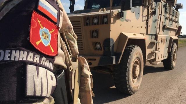 Трое российских военнослужащих получили ранения при взрыве в Сирии