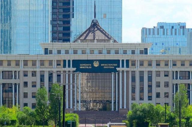 Набор абитуриентов в военные учебные заведения в Казахстане пройдет дистанционно
