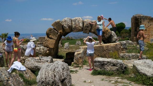 Турагенты сообщили, как в Турции гиды вынуждают гостей покупать экскурсии