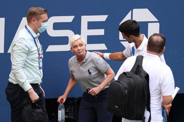 Джокович дисквалифицирован на US Open