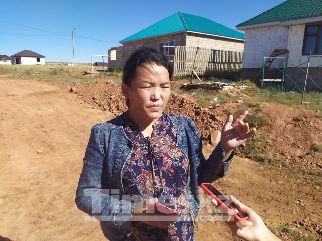 «Если в доме нет воды». Пять лет жители посёлка Акшат-2 ждут коммуникации водоснабжения