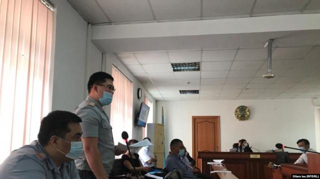 Прокурор запросил длительные сроки для обвиняемых в хищении оружия из воинской части в Шымкенте