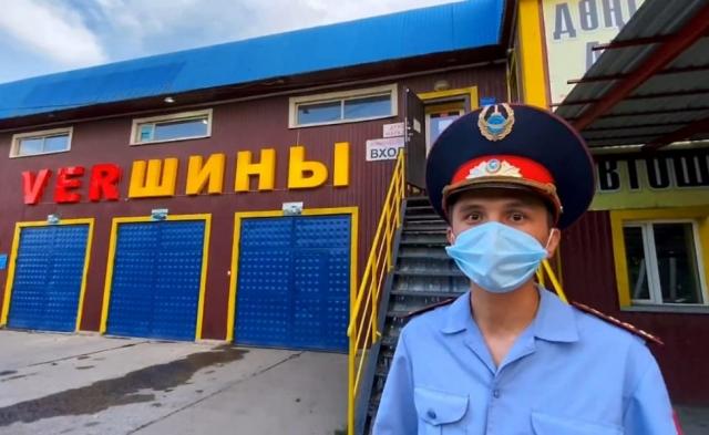 Суд оправдал пародиста в полицейской форме из Талдыкоргана