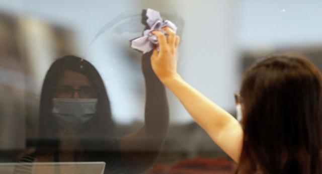 В Казахстане призвали запретить участковым штрафовать бизнес за несоблюдение саннорм