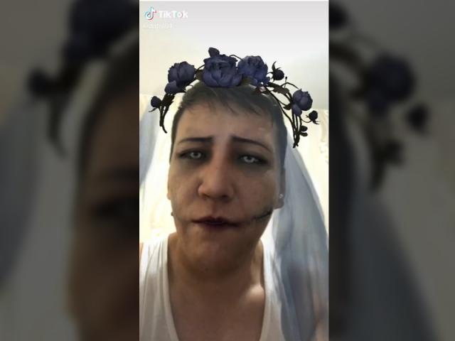 В ЗКО родителей школьников шокировало видео сельского учителя в TikTok