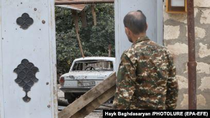 Британские СМИ рассказали о сотнях воюющих в Карабахе сирийских наёмников