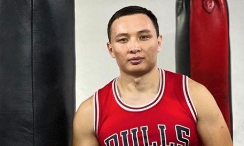 Непобежденный казахстанский боксер сразится против соперника с 44 поединками