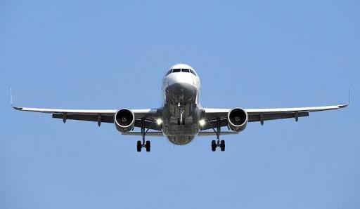 Услуги пассажирского воздушного транспорта подешевели на 9% за год