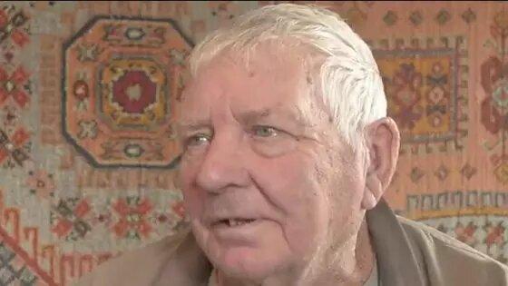 Мужчина из Казахстана встретил свою любовь через 65 лет. Его депортировали