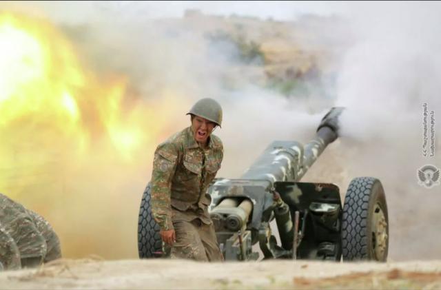 В Армении заявили, что Азербайджан бросил в бой в Карабахе новые силы