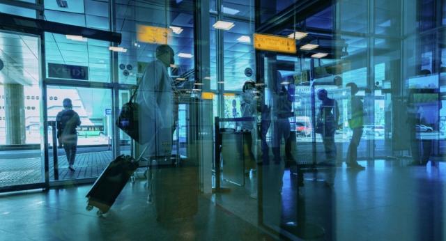 Казахстан с 6 октября запретит въезд иностранцам без справки об отсутствии COVID-19