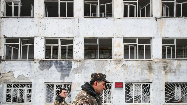 Минобороны Армении показало последствия обстрела Степанакерта