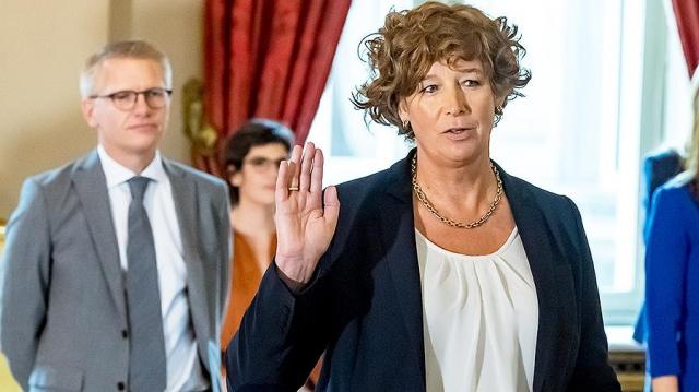 Женщина-трансгендер впервые стала вице-премьером Бельгии