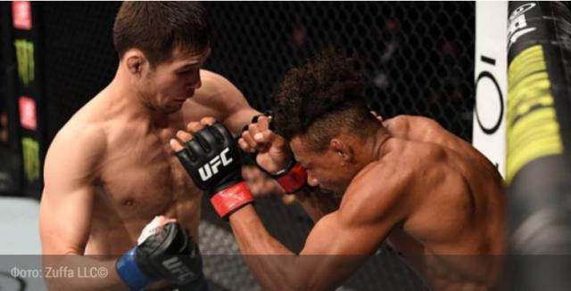 Объявлен гонорар казахстанца Шавката Рахмонова за досрочную победу в дебютном бою в UFC