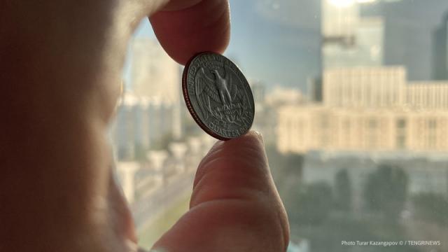 Курс доллара снова повысился в Казахстане