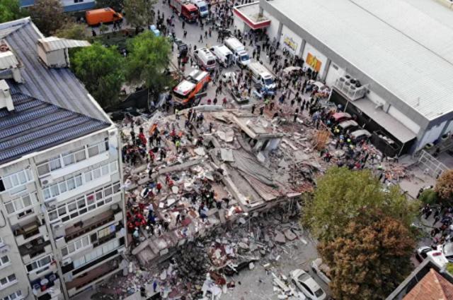 Мощное землетрясение произошло в Турции