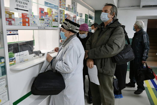 Врач предупредил о риске смерти из-за антибиотиков при коронавирусе