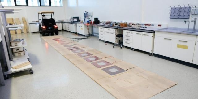 Зарядка под асфальтом. Новую технологию для электрокаров тестируют в НУ