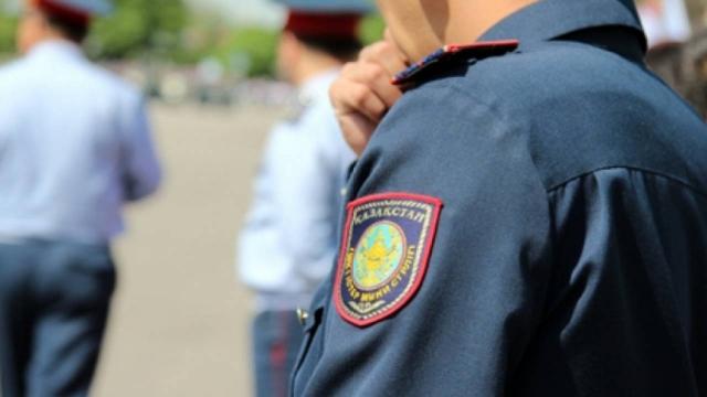 Банду лжеполицейских задержали в Алматы