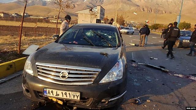 Иран обвинил Израиль в убийстве физика-ядерщика под Тегераном