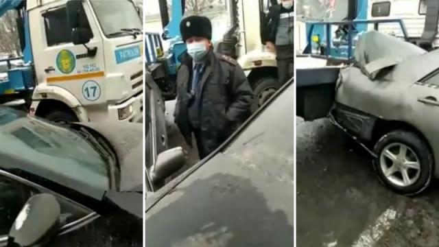 Полицейский на эвакуаторе врезался в припаркованные авто в Алматы