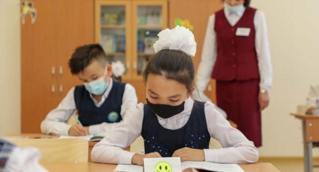 Резкий рост случаев коронавируса среди школьников зафиксирован в Северном Казахстане