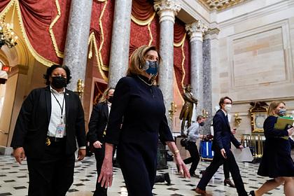Палата представителей проголосовала за импичмент Трампа